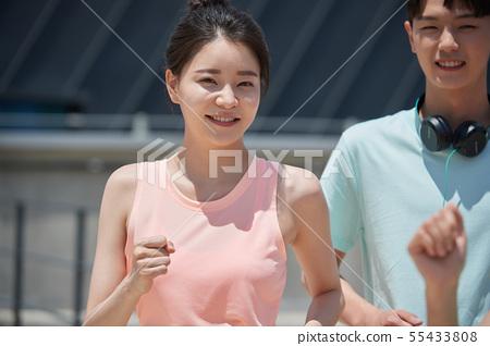 남녀 스포츠웨어 달리기 55433808