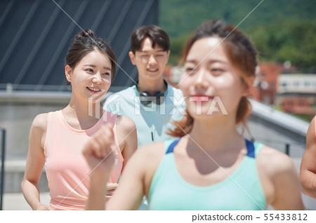남녀 스포츠웨어 달리기 55433812