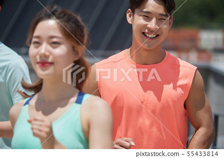 남녀 스포츠웨어 달리기 55433814