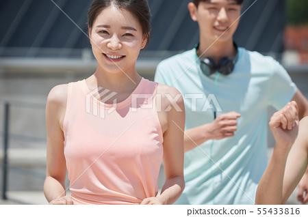 남녀 스포츠웨어 달리기 55433816