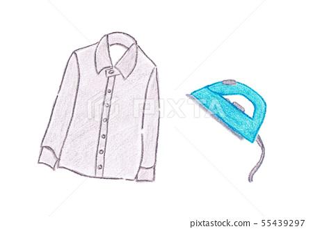 Y 셔츠와 다리미 컬러 색연필 55439297