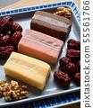 한국의 음식 떡 카스테라와 대추, 호두 55561766