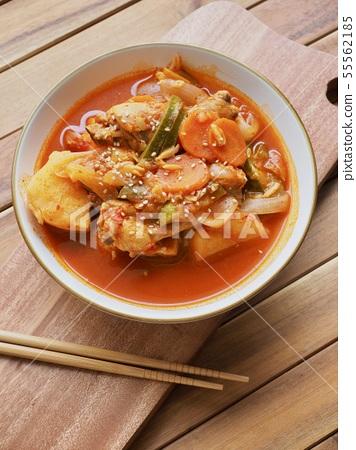 한국의 전통음식 닭도리탕, 닭볶음탕 55562185