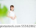 Maternity photo 55562862