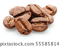 Roasted coffee beans isolated on white 55585814