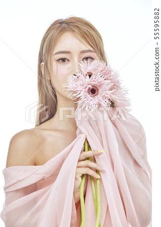 꽃,뷰티,젊은여자 55595882