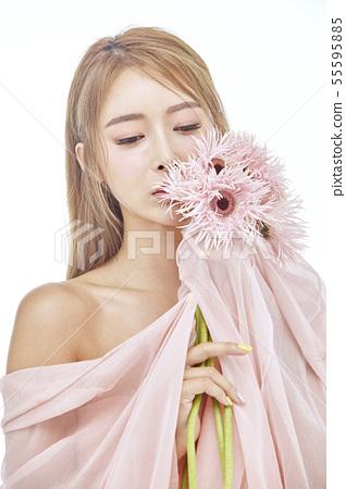 꽃,뷰티,젊은여자 55595885