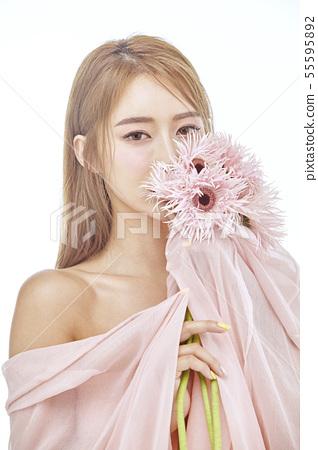 꽃,뷰티,젊은여자 55595892