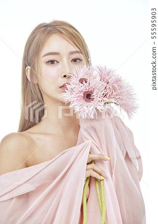 꽃,뷰티,젊은여자 55595903