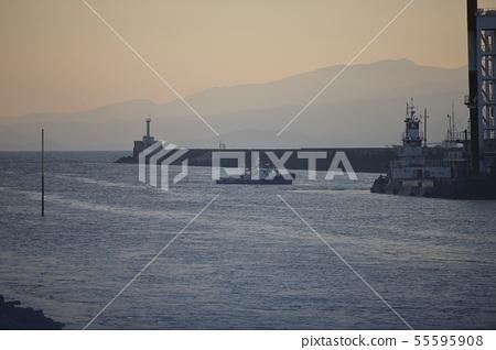 오무 타시 미이케 항 공사 선박, 55595908
