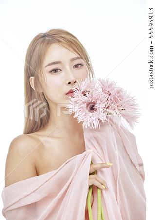 꽃,뷰티,젊은여자 55595913