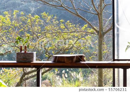 享受自然 Enjoy Nature 自然を楽しむ 山裡 山の中 山上 休閒生活 55706231