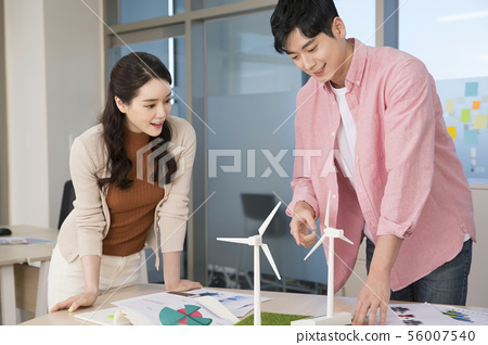 Office life concept, two asian business partners working in office 395 56007540