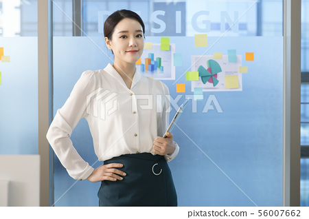 Office life concept, two asian business partners working in office 199 56007662