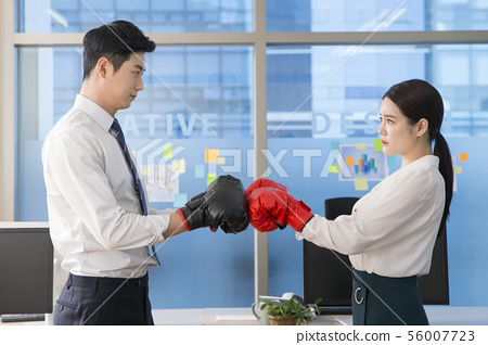 Office life concept, two asian business partners working in office 196 56007723