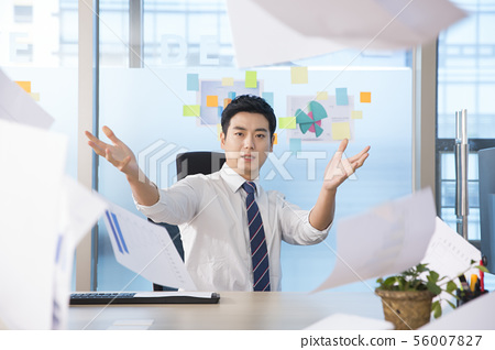 Office life concept, two asian business partners working in office 127 56007827
