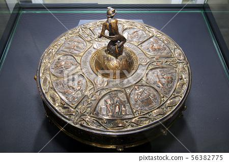 세계엑스포기념품, 1851년 한반도 표기 빅토리안 은제 지구본 잉크스텐드 56382775