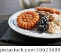 한국의 전통음식 한과, 모듬한과, 깨강정, 약과, 찰떡 56623699
