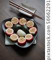 한국의 전통음식 송편과 사탕 56662291