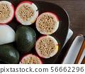 한국의 전통음식 송편과 사탕 56662296