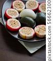 한국의 전통음식 송편과 사탕 56662300