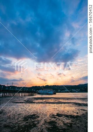 臺北關渡黃昏 Taipei, Taiwan, Guandu, evening landscape 56670452