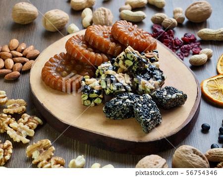 한국의 전통음식 한과, 모듬한과, 대추, 깨강정, 약과 56754346