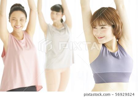 여성 스포츠웨어 56929824