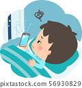 침대에서 스마트 폰을 사용하는 젊은 남성 56930829