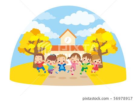 가을날에 유치원 앞에서 점프하는 건강한 아이들 [돔] 56978917
