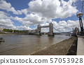 london bridge with big cloud 57053928