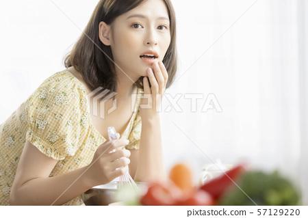 女性生活美食 57129220