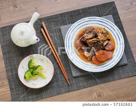 한국의 음식 소고기 갈비찜 57182681
