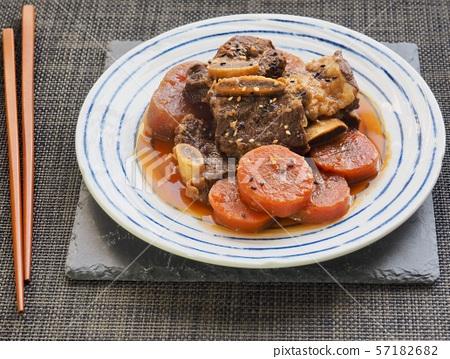 한국의 음식 소고기 갈비찜 57182682