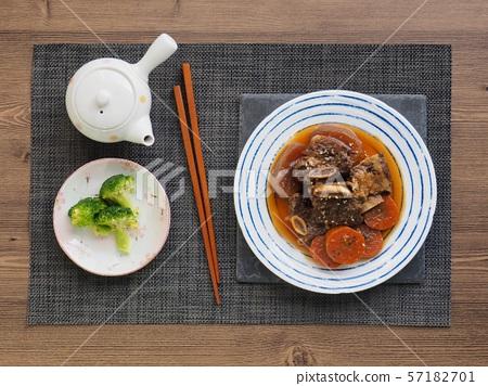 한국의 음식 소고기 갈비찜 57182701