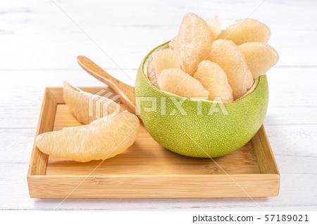柚子柚子皮去皮柚中秋節柚子柚子柚子 57189021