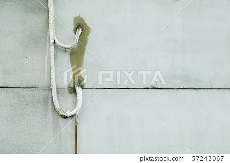 Pipeline and cement wall 57243067