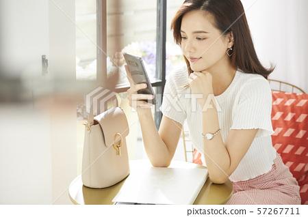 女性生活方式 57267711