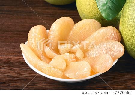 柚子柚子皮去皮柚中秋節柚子柚子柚子 57270666
