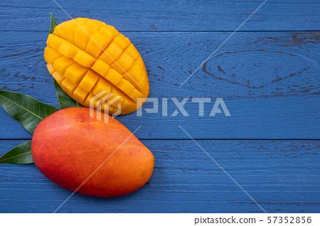 芒果 水果 설계 夏天 台灣 Fresh Mango Flat lay 망고 컷 망고 57352856