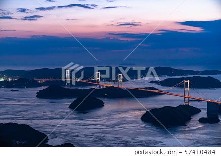 <爱媛县>日本在Kurushima Strait,Mt。 57410484