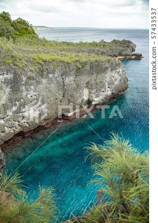 New Caledonia Loyalty Islands Jumping Male Hero 57433537