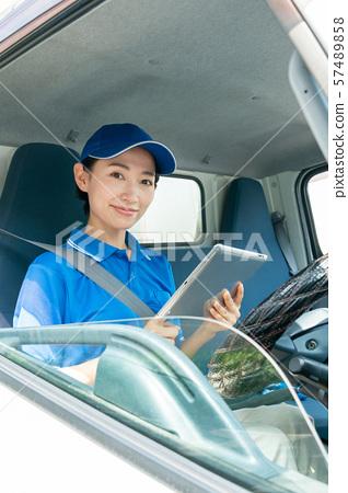 女性司機卡車交付企業圖像 57489858