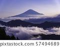 (시즈오카 현) 약동하는 큰 구름 바다 너머로 후지산 57494689