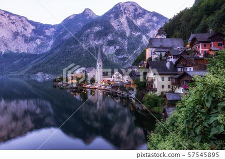 Hallstatt village lake view 57545895