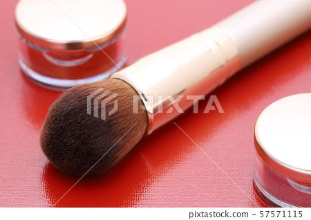 Cosmetics Cosmetic brush 57571115
