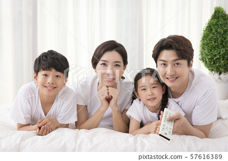 Happy and loving family 362 57616389