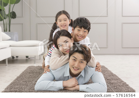 Happy and loving family 188 57616564