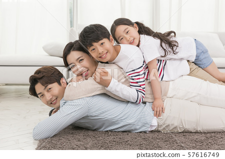 Happy and loving family 150 57616749