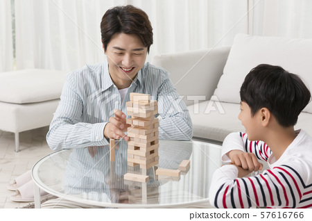 Happy and loving family 143 57616766
